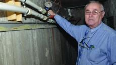 Izolarea conductelor din subsol reduce parţial transferul de căldură