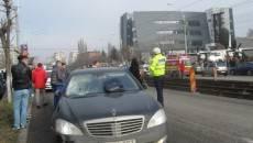 Studenta a fost lovită în plin de Mercedesul condus de piteşteanca de 40 de ani