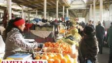 Fiscul spune că un domeniu cu risc mare de evaziune este cel de legume-fructe, iar marii achizitori care aduc astfel de produse din afară sunt suspectaţi că nu-şi declară în acte achiziţiile intracomunitare