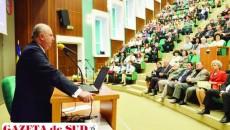 Rectorul UMF Craiova, prof. univ. dr. Ion Rogoveanu, a anunțat noile proiecte pentru creșterea calității pregătirii studenților la festivitatea dedicată Zilelor UMF Craiova, care a avut loc în Aula Magna a centrului universitar medical