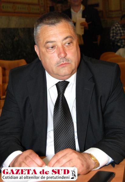 În anul 2013, Mihail Genoiu a avut un venit  de 40.203 lei