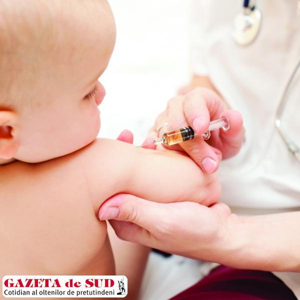 Încă din primele zile de viaţă bebeluşii sunt vaccinaţi împotriva TBC-ului şi hepatitei B, potrivit programului naţional de vaccinare