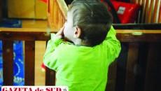 Consiliul Europei vrea desfiinţarea centrelor instituţionalizate, însă anual zeci de copii sunt părăsiţi în spitale