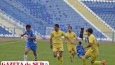 Jucătorii din Filiaşi (în albastru) debutează în Liga a III-a