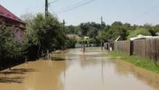 Inundaţiile au provocat numeroase pagube în judeţul Olt