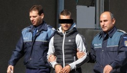 Tânărul a reuşit să fure bunuri în valoare de 35.000 de lei, dar a fost prins şi arestat pentru 30 de zile