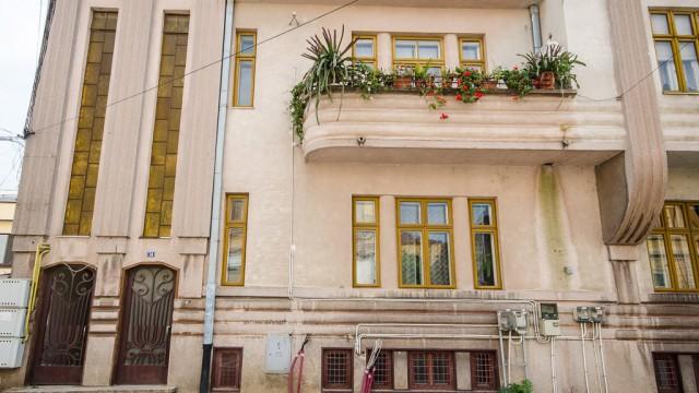 Strada Olteţ: o superbă casă construită în stil Art Deco