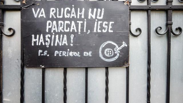 Parcaţi pe propriul risc pe strada Eugeniu Carada