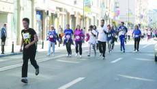 Craiovenii s-au adunat ieri-dimineaţă în centrul oraşului pentru o porţie de sport şi sănătate