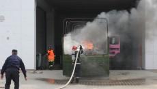 Potrivit scenariului, incendiul a cuprins un camion parcat în apropierea magazinului Decathlon
