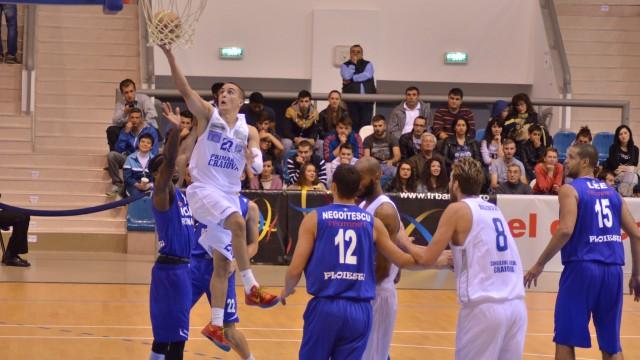 Nikola Otovic, în acţiune
