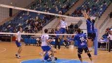 Craiovenii (în tricou alb) au debutat cu victorie în noul sezon