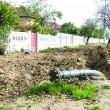Realizarea canalizărilor și a stației de epurare întârzie, spre nemulțumirea locuitorilor