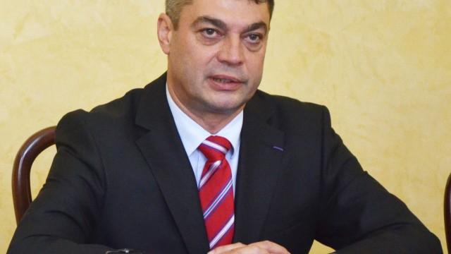 Prof. univ. dr. Dan Claudiu Dănișor