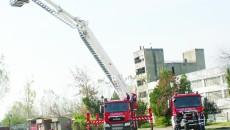 Pompierii din Dolj au primit ieri două mașini de intervenție care le vor îmbunătăți capacitatea de răspuns în situații de urgență