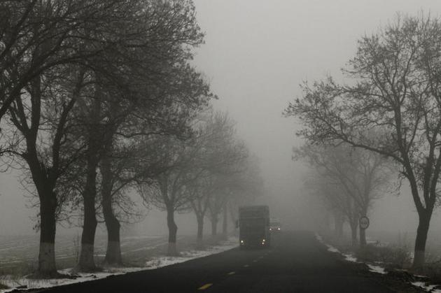 Cea mai periculoasă manevră, pe timp de ceaţă, este depăşirea