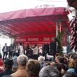 """Ansamblul Folcloric """"Doina Gorjului"""" a susţinut în Piaţa Centrală din Târgu Jiu un recital cu ocazia Zilei Recoltei (Foto: gorjeanul.ro)"""