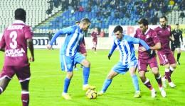 Thaer Bawab (la minge) a marcat unul dintre cele mai frumoase goluri ale campionatului