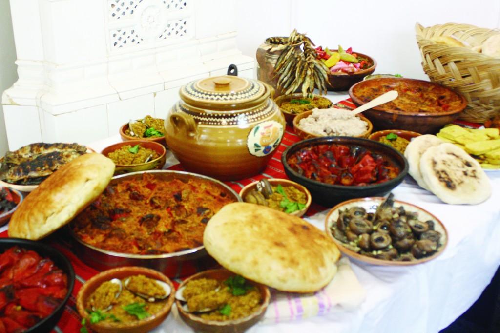 Bucatele tradiționale din Dăbuleni, pregătite după rețetele bunicii