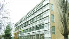 """De câteva săptămâni a început reabilitarea termică a clădirii în care se află laboratoarele Colegiului """"Ștefan Odobleja"""" din Craiova"""