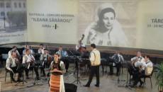 """Şi la prima ediţie a Festivalului """"Ileana Sărăroiu"""" au participat concurenţi din  Oltenia"""
