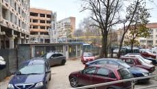 SC Jiul SA a propus primăriei să facă pe cheltuiala proprie  o nouă parcare locatarilor din spatele hotelului