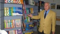 Târgul Okian organizat la Slatina prezintă publicului cărţi de beletristică şi manuale şcolare în limba engleză (Foto: gazetanoua.ro)