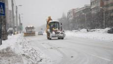 Salubritate Craiova a semnat acordul-cadru pentru deszăpezirea în iarna 2014-2015. Acesta va intra în vigoare pe 17 noiembrie, astfel că, în eventualitatea unei ninsori, zeci de utilaje și tone de materiale antiderapante sunt pregătite pentru intervenție