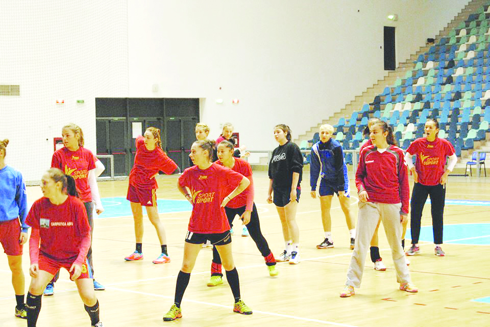 Handbalistele tricolore se pregătesc pentru meciurile cu Danemarca, Spania şi Ungaria