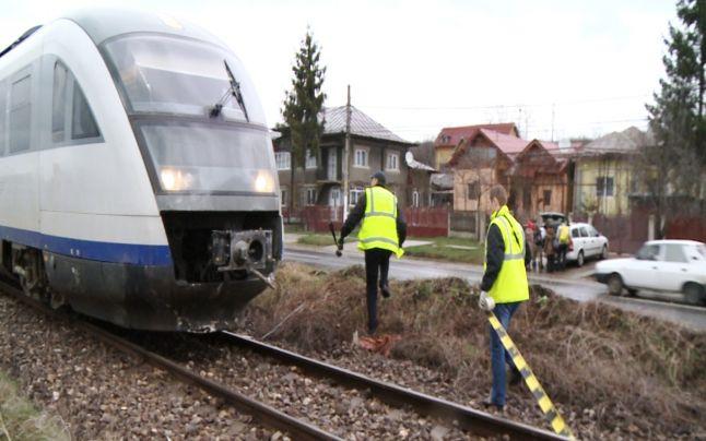 Traficul feroviar a fost întrerupt pe perioada efectuării cercetărilor la locul accidentului (Foto: adevarul.ro)