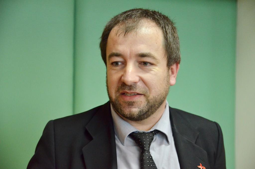 Iulian Petre, directorul executiv UNOPA, vorbește despre situația reală a bolnavilor HIV/SIDA din România (Foto: Claudiu Tudor)