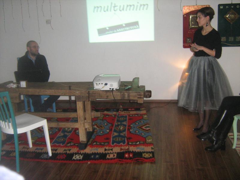 Amfitrionii manifestării de sâmbătă din Centrul Vechi, arhitecţii Mihai şi Adela Trif
