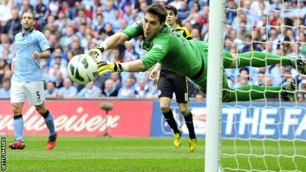 Pantilimon va juca împotriva fostei sale echipe, Manchester City