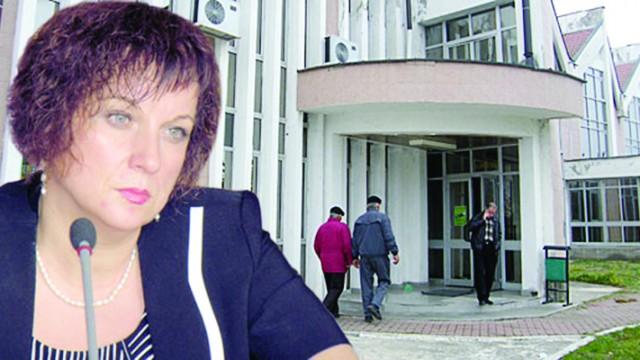 Delia Petrescu, fostul director executiv de la Agenţia de Plăţi şi Intervenţii pentru Agricultură (APIA) Gorj, l-ar fi ajutat pe tatăl său să obţină ilegal fonduri europene