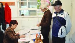 La Asociația nr. 17 Brazda lui Novac, proprietarii își plătesc factura la căldură pe luna noiembrie (Foto: Maria Cernătescu)