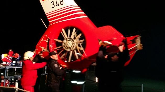 Cele patru persoane aflate la bordul elicopterului SMURD care s-a prăbuşit ieri pe Lacul Siutghiol au decedat (Foto: ziuaconstanta.ro)