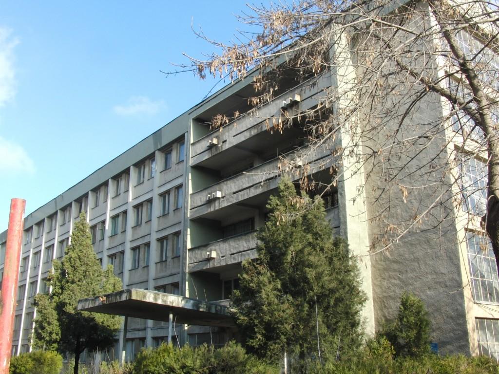 Universitatea din Craiova a scos la licitație serviciile proiectare și asistență tehnică pentru reabilitarea, modernizarea, extinderea și dotarea căminului studențesc 9, aflat în Complexul Mecanică.  - FOTO: Arhiva GdS