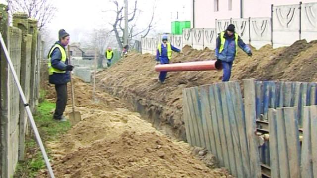 Canalizarea, un alt proiect al primarului Vergică Șovăilă (Foto: GdS)