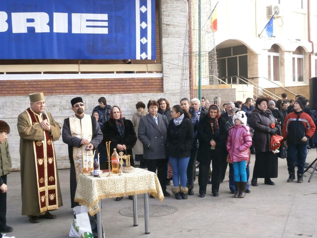 Gorjenii și-au adus aminte de cei care au murit în 1989 (Foto: Eugen Măruţă)
