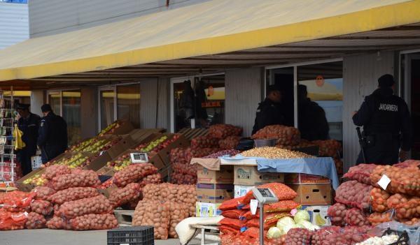 fructe si legume politie