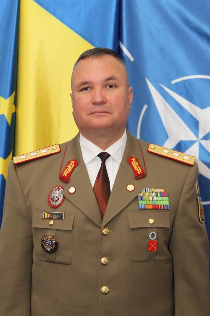 General-locotenentului cu trei stele Nicolae-Ionel Ciucă a fost numit şef la Statului Major