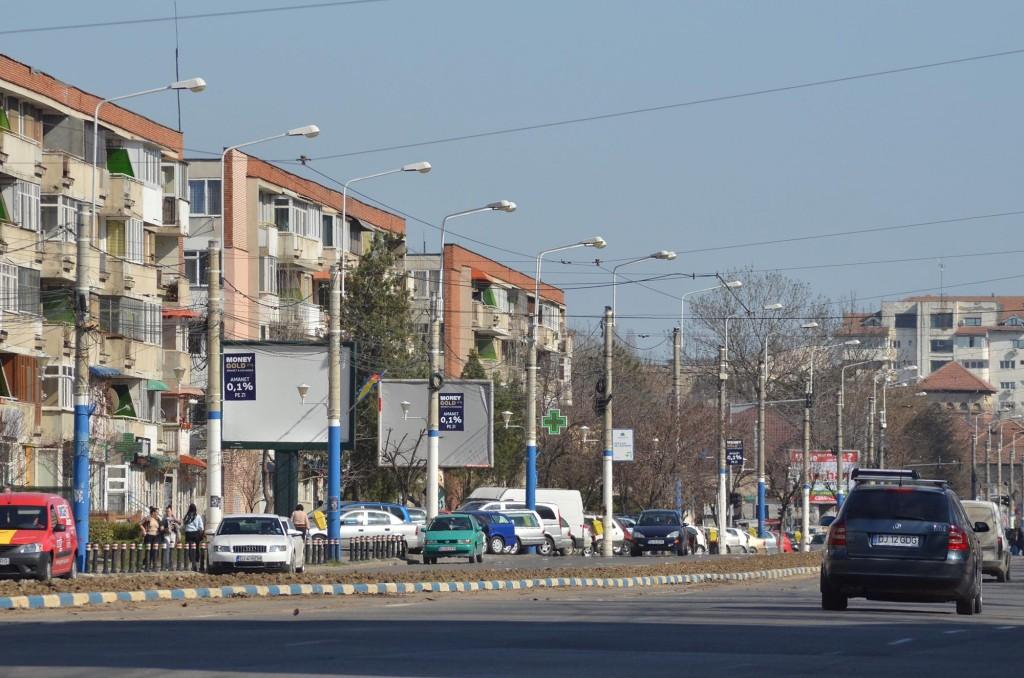 În prezent, de iluminatul din Bănie se ocupă o firmă din București, Total Strada SRL, contra sumei de 105.743,03 lei pentru o perioadă de șase luni - FOTO: GdS