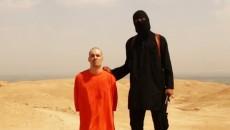 Statul Islamic a difuzat în luna august a acestui an o înregistrare video care arată asasinarea jurnalistului american James Foley, răpit în Siria în noiembrie 2012 (Foto: dcnews.ro)