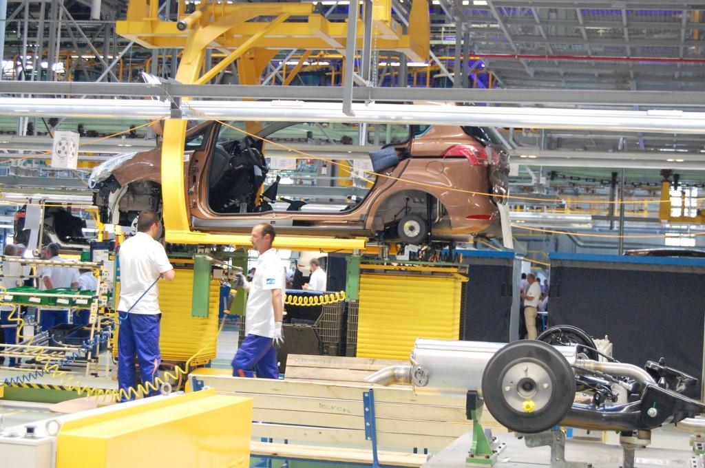 linia-de-productie-Ford-B-Max2