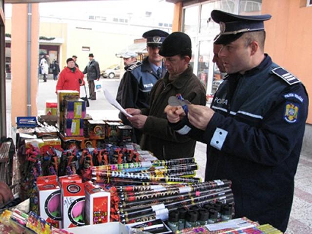 peste-8000-articole-pirotehnice-confiscate-de-politistii-din-borsa-si-baia-mare