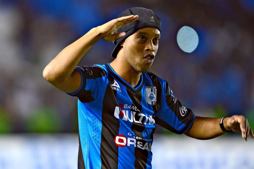 Ronaldinho a pus din nou distracţia pe primul plan