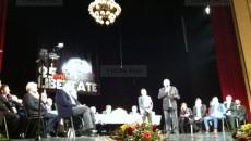 Asociaţiile de revoluţionari au primit distincţii, evenimentul desfăşurându-se la Opera Naţională din Timişoara (Foto: tion.ro)
