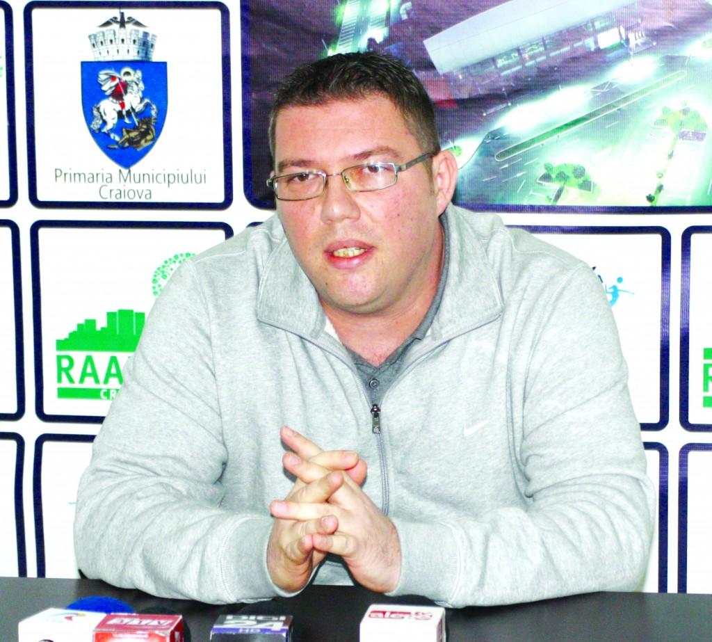 Marius Toma se desparte de SCM-U Craiova. clubul în care a investit multă pasiune (Foto: Daniela Mitroi-Ochea)