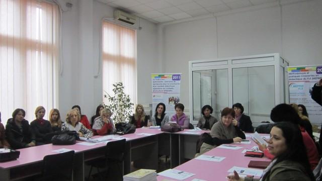 Membri ai Centrului de Cercetare în Domeniul Traducerii şi Terminologiei al Universităţii din Craiova