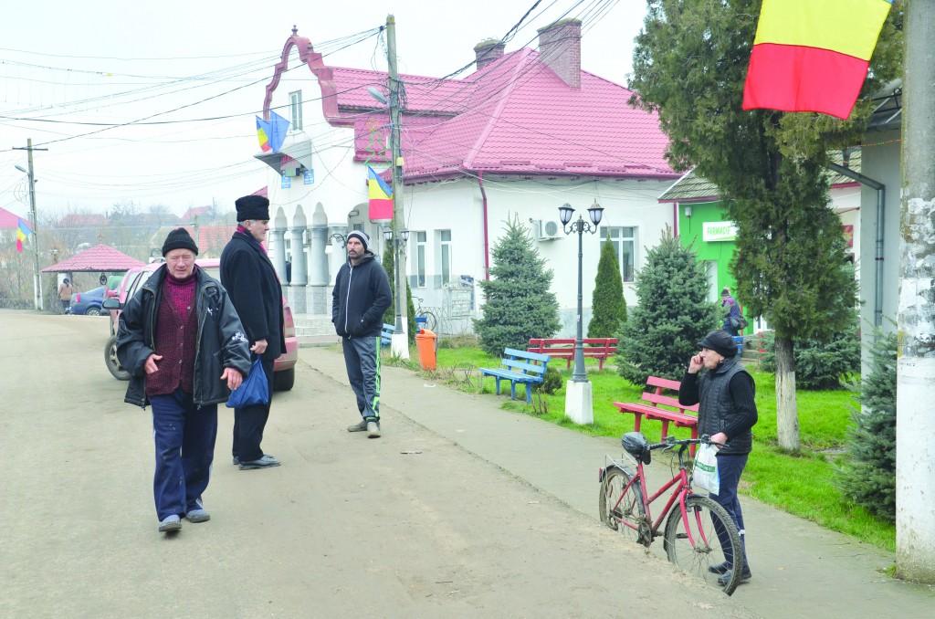 Comuna Unirea, un loc cu oameni care respectă tradițiile din moși-strămoși ()